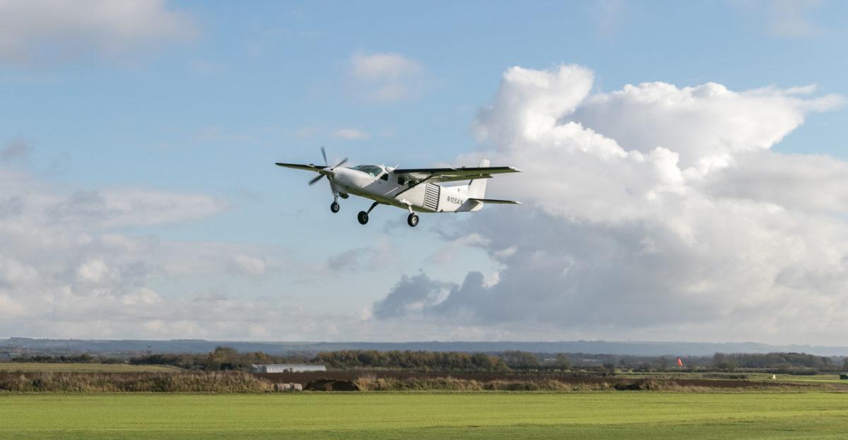 Cessna-208